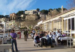winter sunshine, puerto soller